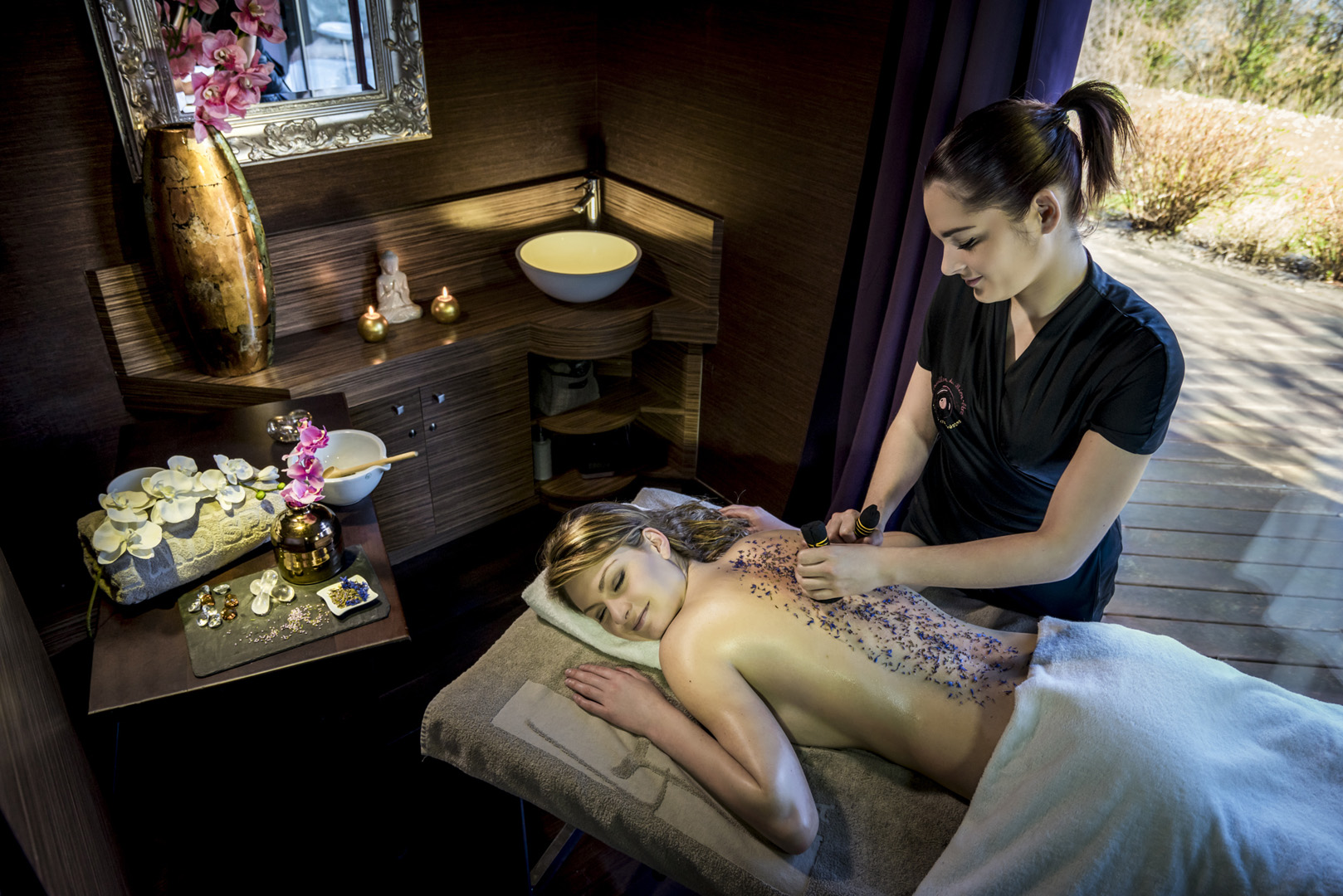 343/spa/massage-spa-hotel-tresoms-annecy.jpg